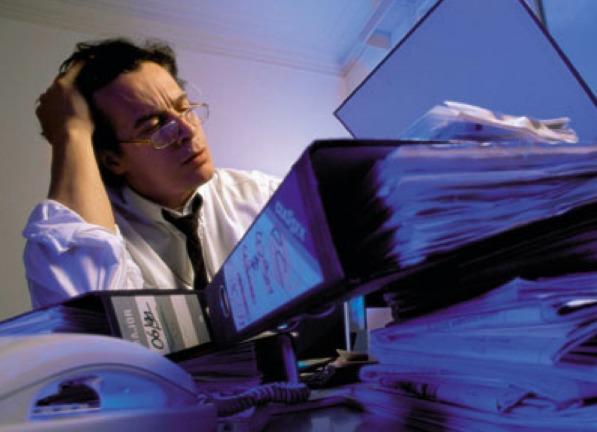 Бумажную работу необходимо автоматизировать. Что такое CRM система?